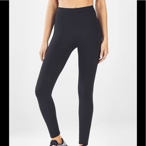 """Fabletics """"The Up and Coming"""" black leggings small"""